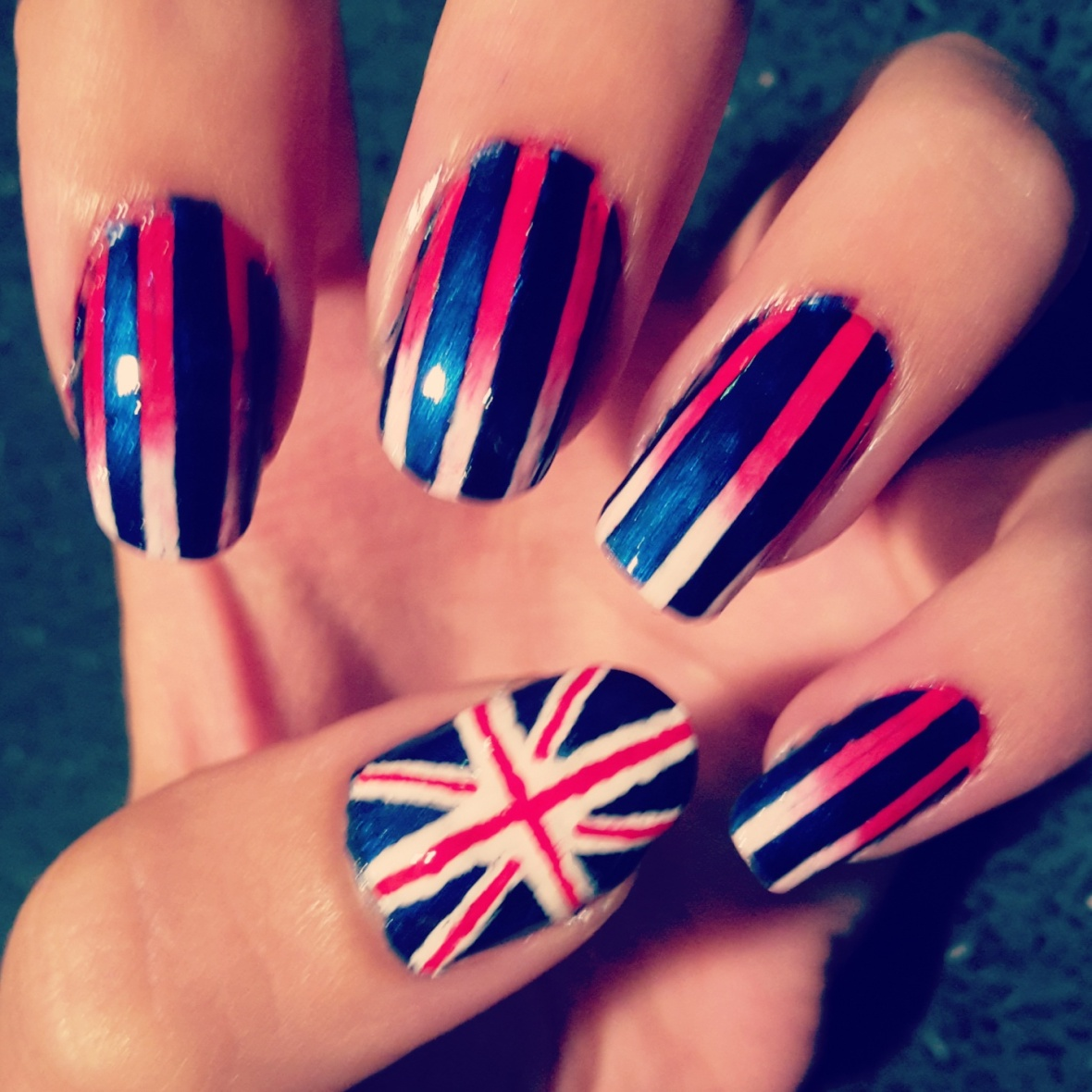 Union jack nail art girl union jack nail art prinsesfo Image collections